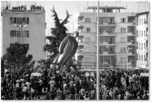 Lenin, Statue of Lenin,