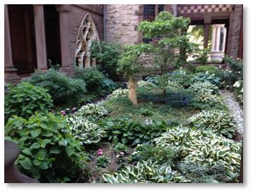 Trinity Church, Boston, Cloister, garden, H.H. Richardson
