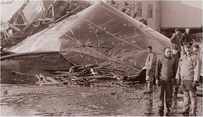Great Molasses Flood, Boston, Commercial Street, structural steel