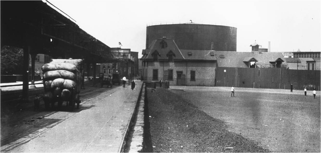 molasses tank, Boston, Commercial Street, the Great Molasses Flood