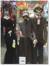 ghoul family, Halloween Decorations, Lowe's, audio-animatronic figures