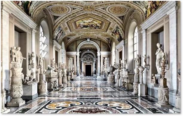 Vatican Museums, Greek Cross Room, Greek statues