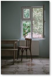 Empty chair, Susanne Skinner, Monday Author