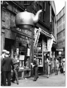 Steaming Kettle, Court Street, Oriental Tea Company, Boston
