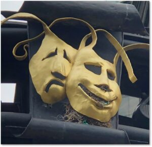 Boylston Place, gate, masks, comedy, tragedy, Dimitri Gerakaris, keystone